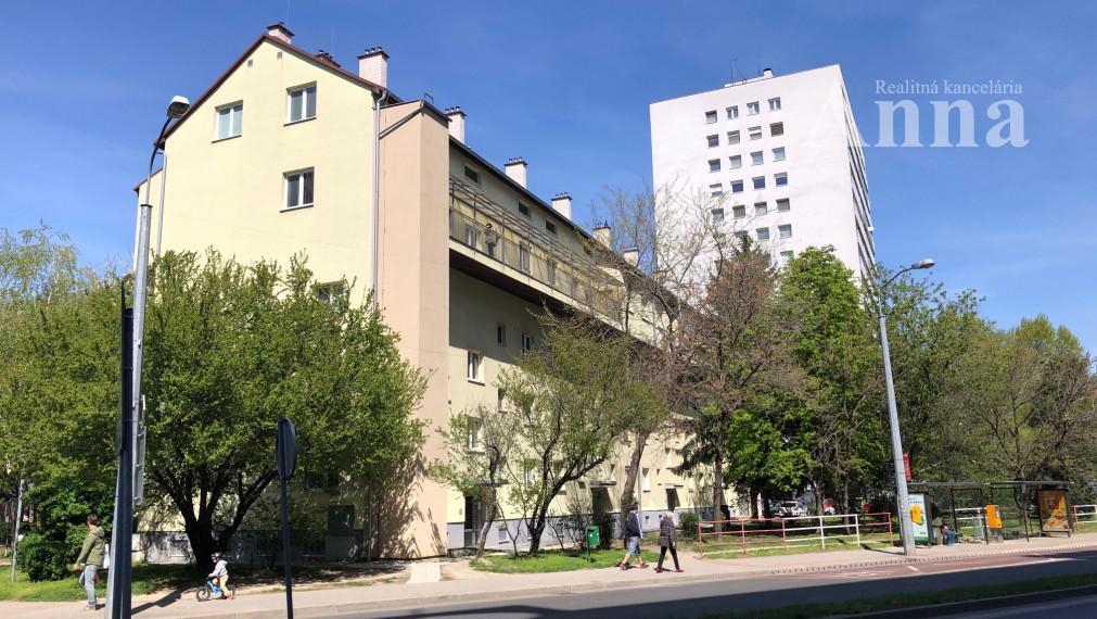 2-izb. byt - Miletičova ul.