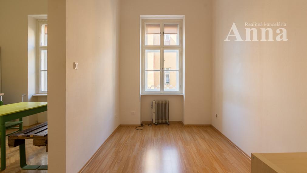 1-izb. byt v centre - Konventná ul.